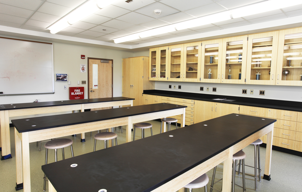 Classroom 9A (Science Lab)